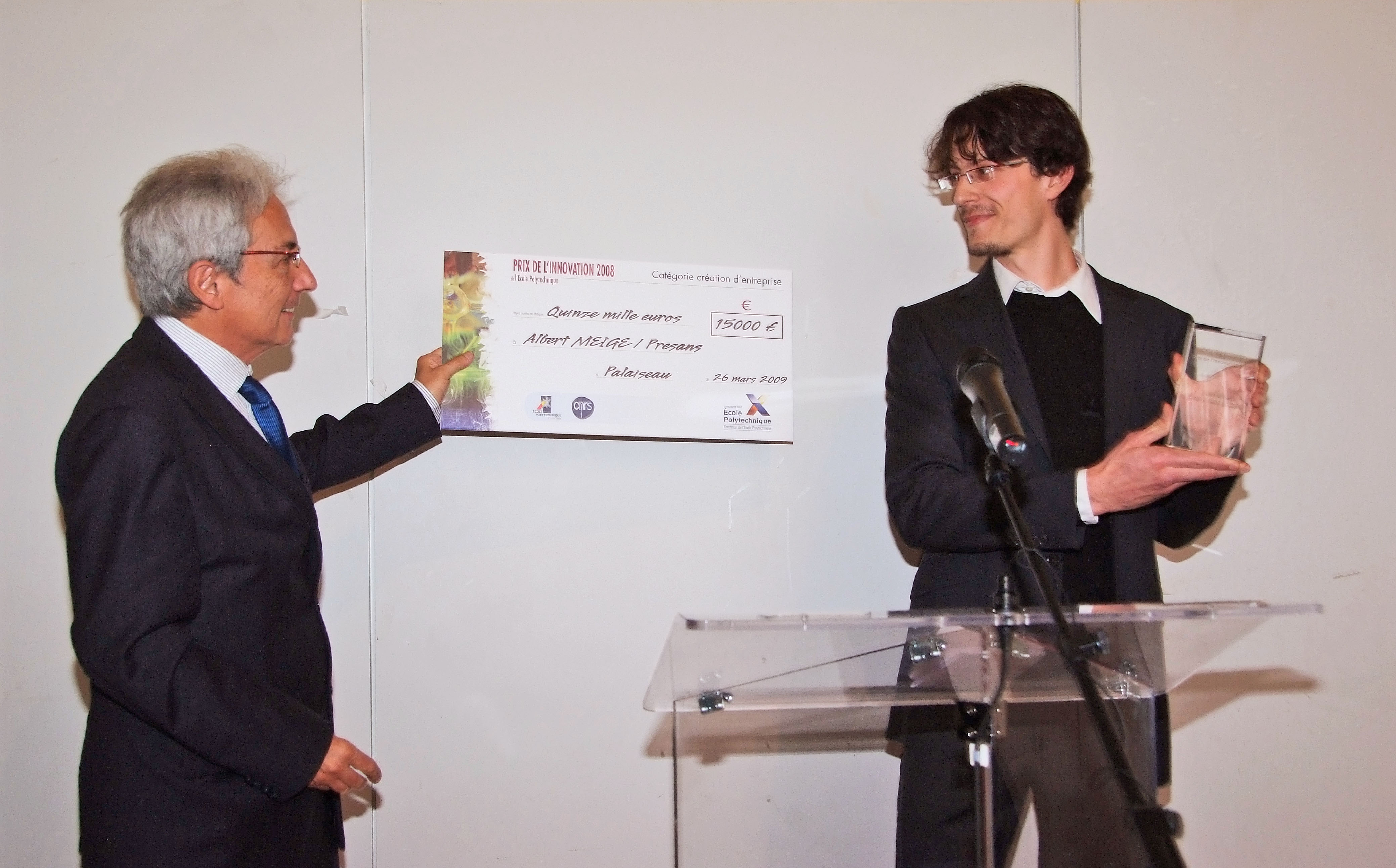 PRESANS receives the Innovation Prize from Albert Fert