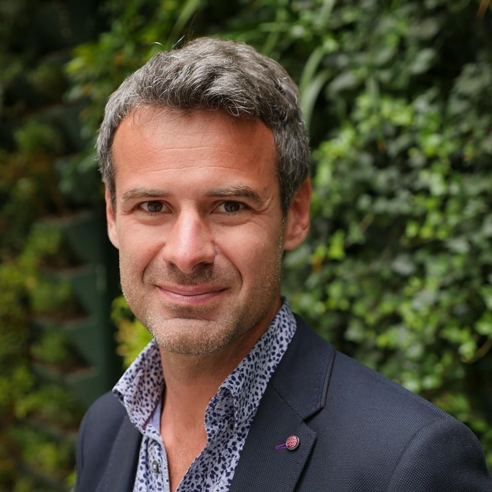 Entretien avec Arnaud Devigne : Emmanuel Macron est-il un talent transformationnel ?