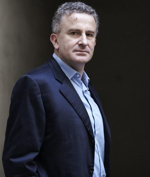 (Français) Entretien avec Nicolas Tenzer: vers la fin des organisations pyramidales?