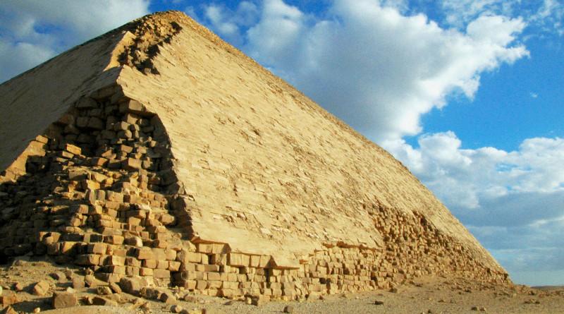 Entretien avec Nicolas Tenzer: vers la fin des organisations pyramidales?