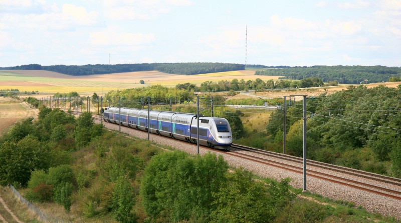 "SNCF : ""Oui"" to open organization  ?"